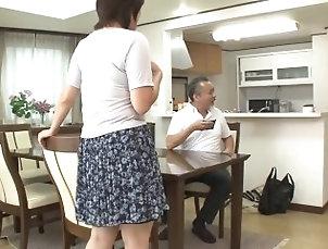 Nozomi Sasayama japanese milf stepmom 2 seconds after