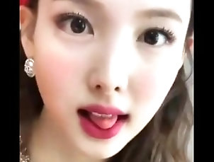 It's About Time We Give Nayeon Another Big Load Of Cum Right To Her Pretty And Cute Face